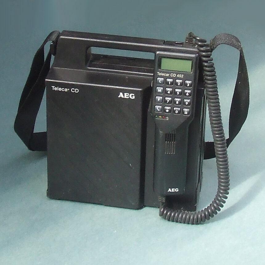 Geschiedens telefoon Sim Only Simyo autotelefoon